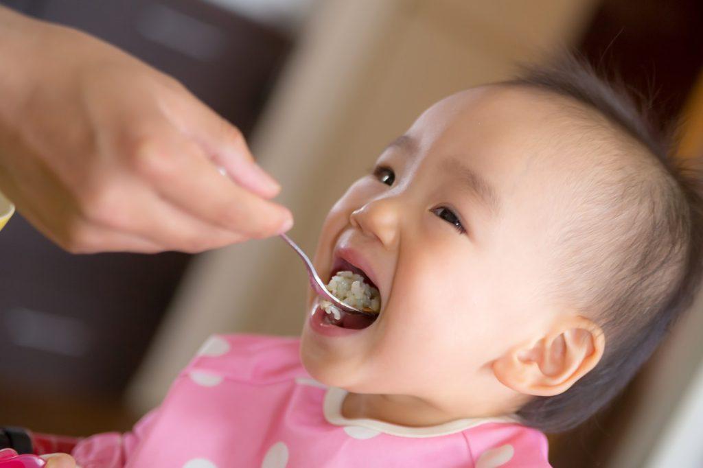 赤ちゃん ご飯 食べない