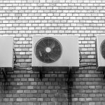 エアコンの室外機の掃除の仕方